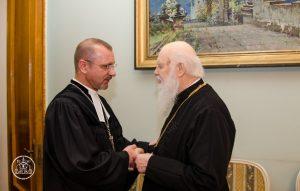 You are currently viewing Патріарх Філарет зустрівся з головним єпископом Німецької Євангелично-Лютеранської Церкви України
