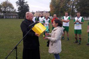 Благодійний футбол у Здолбунові заради здоров'я маленької Софійки