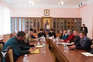 Формування методичних рекомендацій для роботи військових священиків