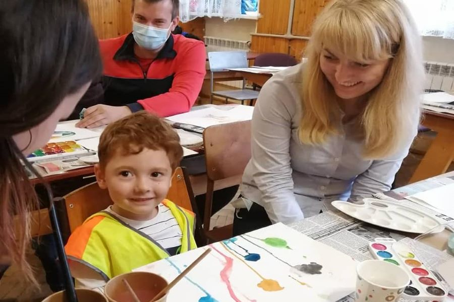 """You are currently viewing Арт-терапія від """"Елеос-Львів"""": батьки діток з особливими потребами також потребують турботи"""