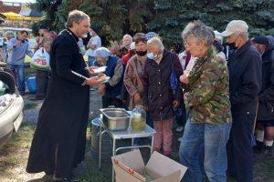 """""""Нагодуй безпритульного"""" – в Харкові розпочали годувати безпритульних"""
